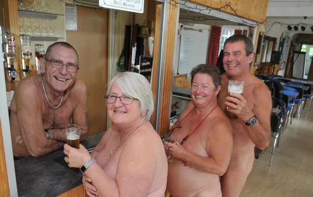 Hull's hidden nudist club where getting naked is a way of life (via hulldailymail)